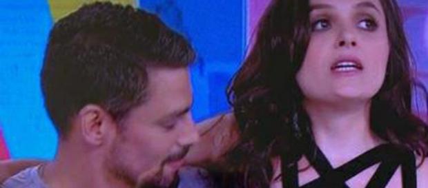 Monica Iozzi recebe Cauã Reymond no Vídeo Show