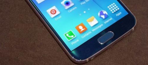 Samsung distribuirà Galaxy S7 a noleggio