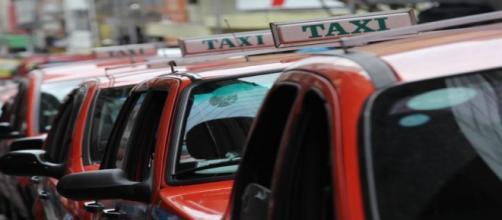 Sistema de táxis em Porto Alegre sofre críticas