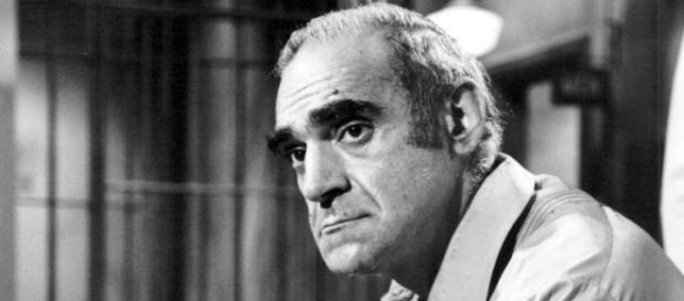 Abe Vigoda, Detective Fish, dies at 94
