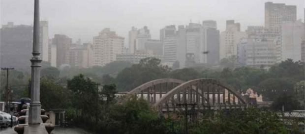 chuvas persiste em cair na Capital Mineira