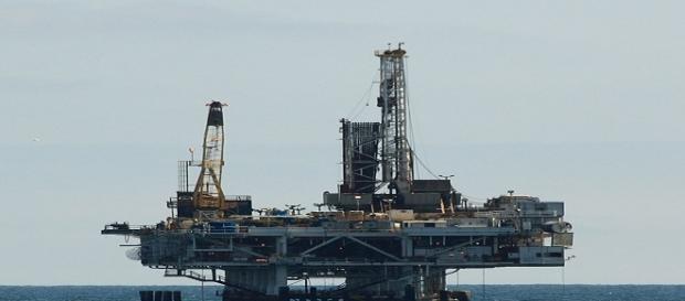 Fotografía de una petrolera en acción