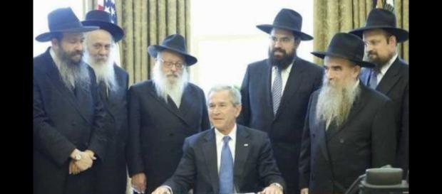 George Bush con rabinos sionistas
