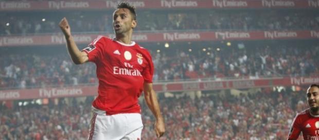 Jonas a festejar um golo pelo Benfica esta época