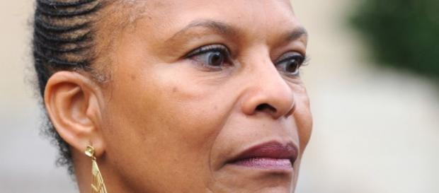Ministra da Justiça de França pediu a demissão.