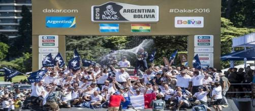 festejo del equipo Peugeot Sport