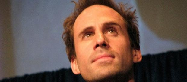Fans angry Joseph Fiennes playing Michael Jackson