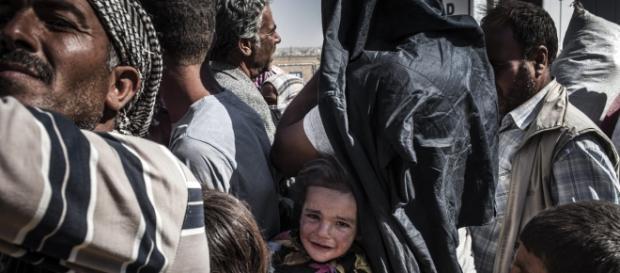 Os refugiados fogem das zonas em conflito
