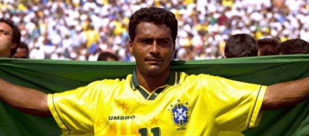 Romário comemorando a conquista da Copa 94