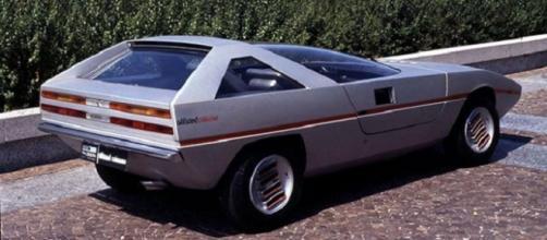 Alfa Romeo Caimano: concept del 1971