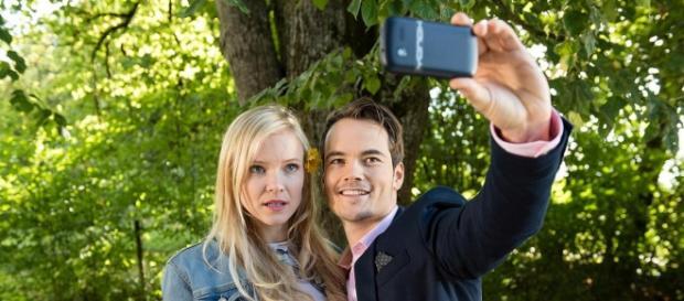 David e Luisa mentre si fotografano.