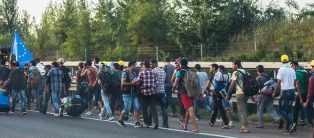 Niekończąca się fala imigrantów w Europie