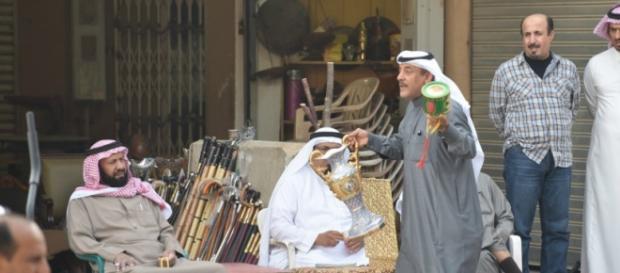 Scene di vita quotidiana nella capitale Riad.