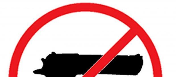 Armas no permitidas en Facebook