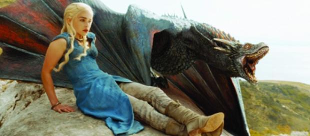 Daenerys e Drogon nell'ultima scena di GoT 5