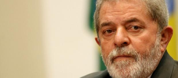 Lula admite que usa o sítio para descansar