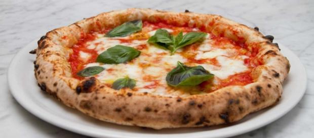 Multa da 3000 euro per consegnare una pizza