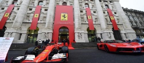 La sede di Borsa si è tinta di Rosso