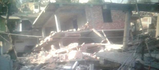 Abitazioni distrutte in India dopo il terremoto