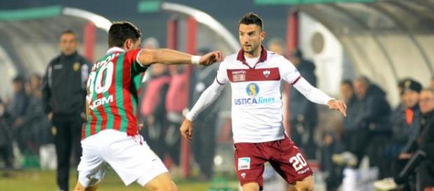 Luca Nizzetto in azione con il Trapani