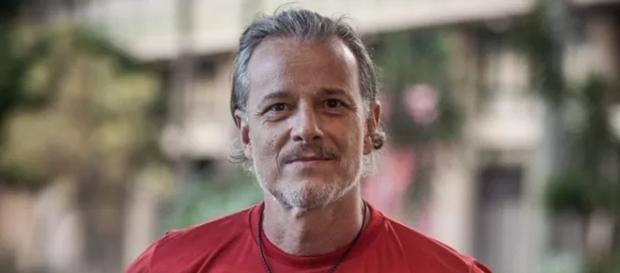 Marcello Novaes é Vavá em 'A Regra do Jogo'
