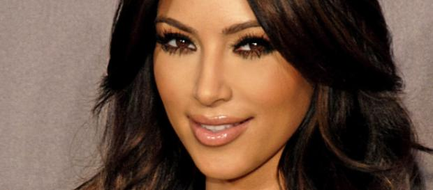 Kim Kardashian criticizes sister Kylie (Wikipedia)