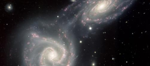 Comienza la fusión de NGC 3808B y NGC 3808A