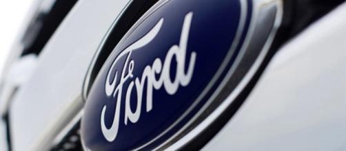 Mais de 400 vagas abertas na Ford.