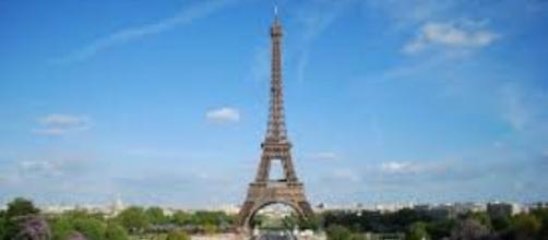 Panorama parigini con la Tour Eiffel.
