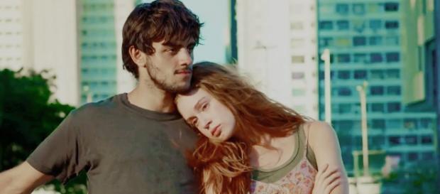 É o fim do namoro de Eliza e Jonatas?