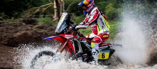 Joan Barreda (Honda) protagonista del Dakar