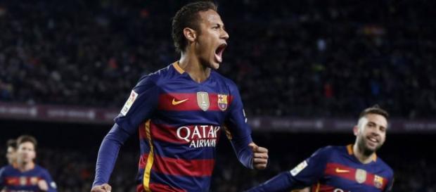 Neymar fecha a goleada com uma obra-prima!