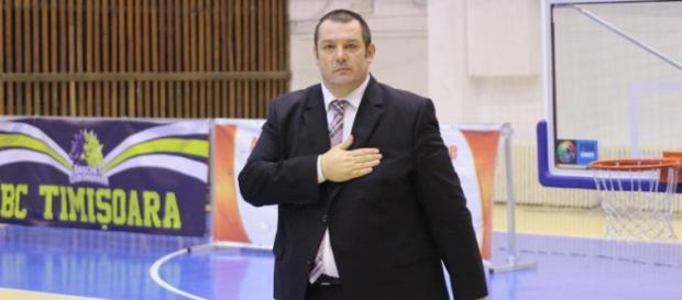 Dragan Petricevic a fost înjurat tot meciul