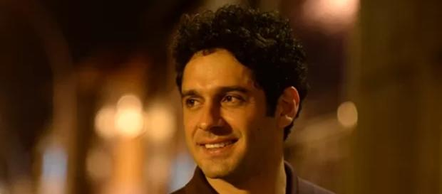 João Baldasserini é Victor em 'A Regra do Jogo'