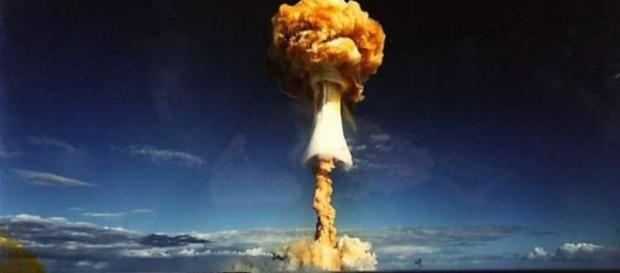 La devastante esplosione di una bomba all'idrogeno