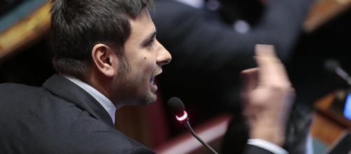Di Battista replica alle accuse del Pd