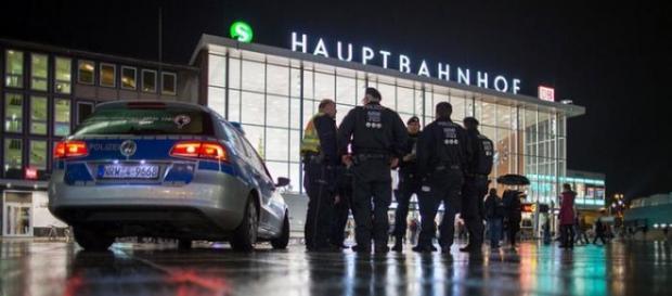170 queixas contra migrantes em Colónia, Alemanha