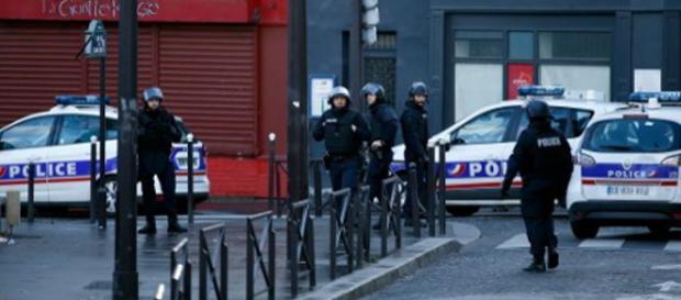 Atak terrorystyczny na francuski posterunek