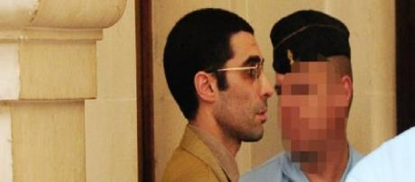 Professor da UFRJ é condenado por atentados