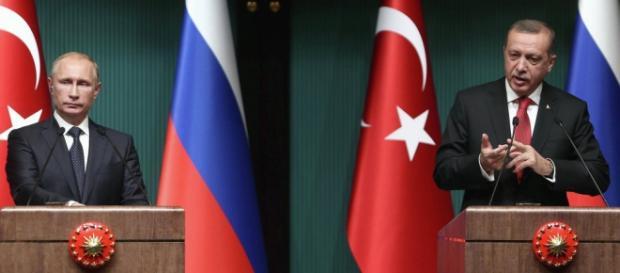 O 'czar' russo e o 'sultão' turco estão em guerra