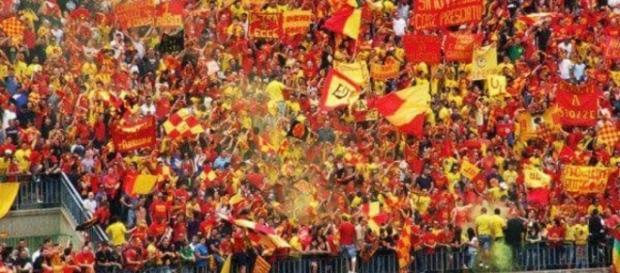 """Domenica al """"Via del mare"""" si gioca Lecce- Reggina."""