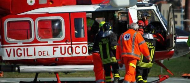 L'intervento di un elicottero dei Vigili del Fuoco è stato fondamentale.