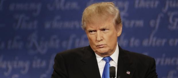 Presidential Debate: Donald Trump Keeps Sniffling and Twitter Noticed. Photo: Blasting News Library - fortune.com