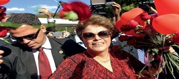 Sem sair do palácio da Alvorada, consta que Dilma, compareceu ao INSS para garantir sua pensão.