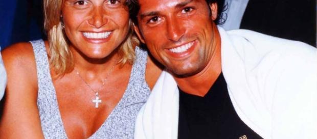 Simona Ventura e Stefano Bettarini affiatati ai tempi del matrimonio