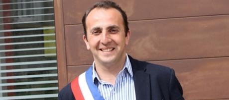 DR Renaud Pfefer maire de Mornant (69)