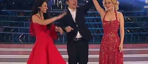 La cantante Edurne y el monologuista Iñaki Urrutia estarán en Todo ... - elconfidencial.com