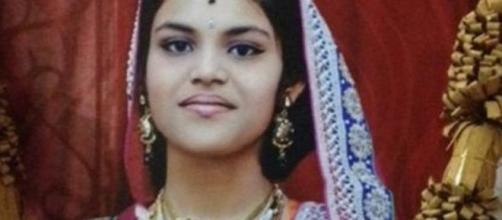 Morta a 13 anni per religione!