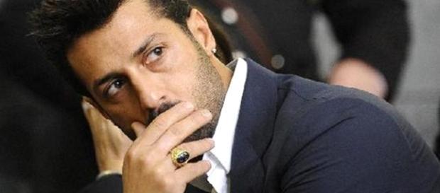"""Fabrizio Corona """"beccato"""" da """"Le Inene"""": pretendeva soldi in nero per le sue serata in discoteca."""