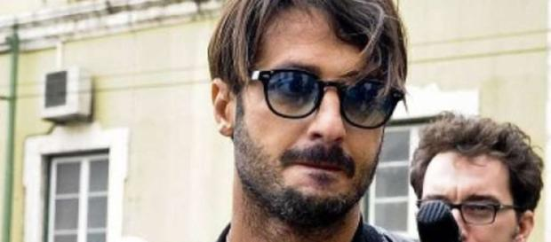 Fabrizio Corona | Stanza Selvaggia - selvaggialucarelli.com